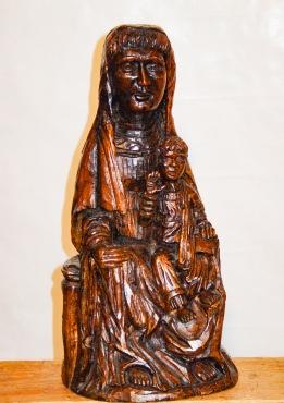 Virgen con niño. Nogal. Ø20x44cm.1994.