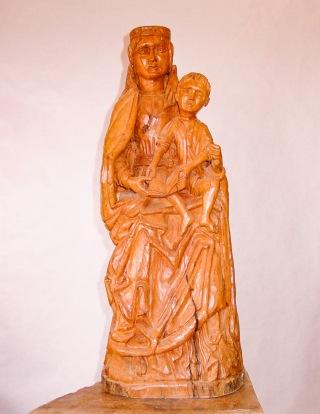 Virgen del siglo XII. Peral. Ø25x65cm 1994